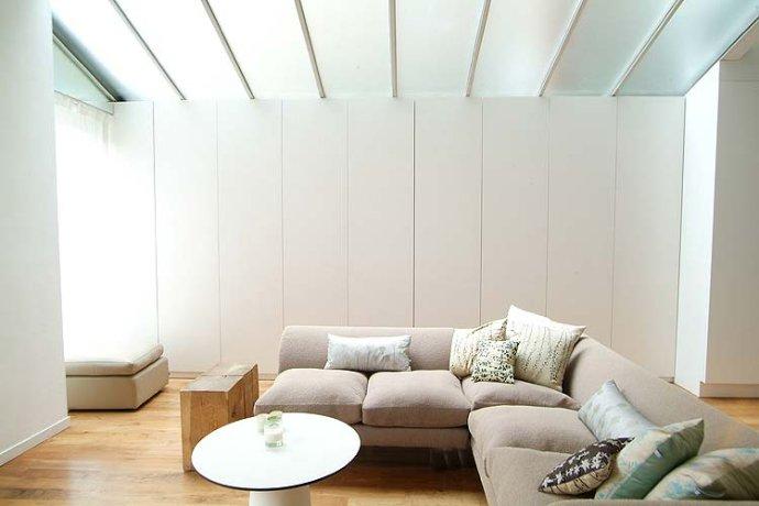 简约风格别墅温馨沙发背景墙效果图