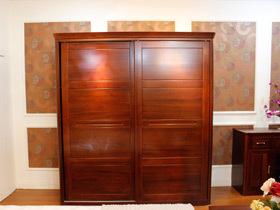 6图秀中式衣柜 让家更优雅稳重