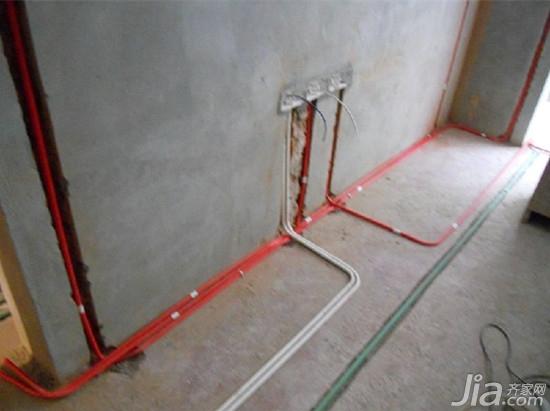 需要按照客户具体需求以及居室设计图来进行房间水电走向的设计.-