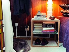 創意設計多用途簡約床頭柜
