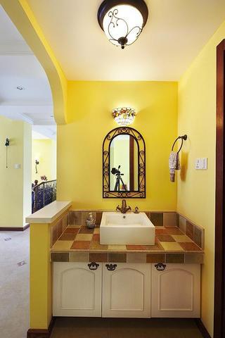 地中海风格小清新黄色卫生间设计图