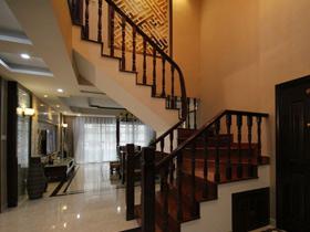 演繹深色帶來的穩重 16款中式樓梯設計
