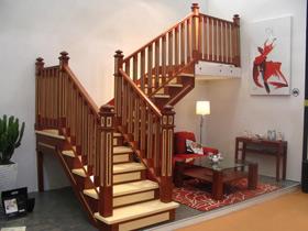 楼梯死角合理规划 15个美式楼梯精彩设计