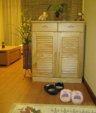 田园风格实用玄关隔断鞋柜效果图