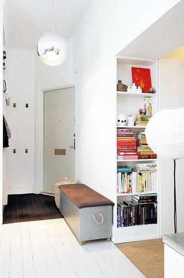 北欧风格简洁白色玄关装修