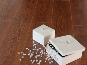 欧式奢华真木纹强化复合地板