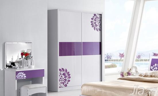 如何检验衣柜推拉门的质量 推拉门衣柜图片