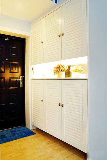 现代简约风格二居室温馨玄关玄关柜图片