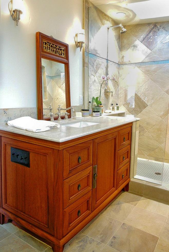 美式风格黄色卫生间装修效果图