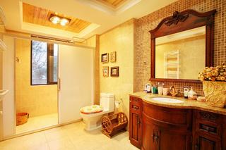 美式风格红色卫生间设计图纸