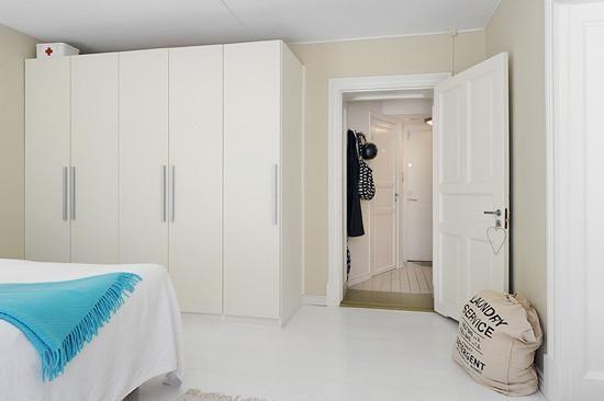 简约风格白色衣柜设计图