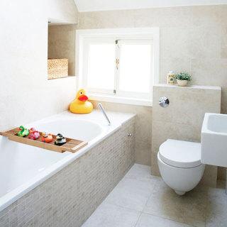 冷色调卫生间浴缸图片