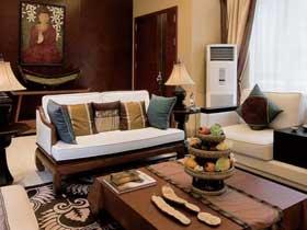 高端实木东南亚风情别墅设计