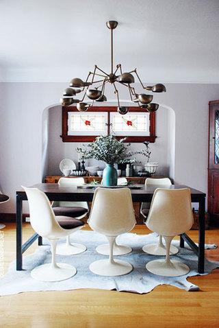 舒适原木色餐厅地板效果图