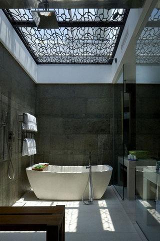 简约风格时尚黑白卫生间装潢