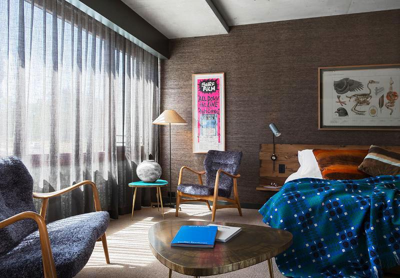 深色系现代简约卧室装修效果图大全2012图片