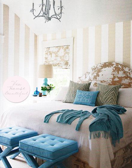 黄白色卧室壁纸装修效果图
