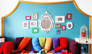 蓝绿色小客厅背景墙装修效果图