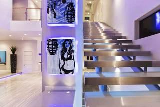 个性楼梯过道设计图