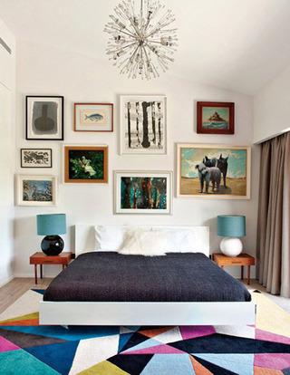 多幅装饰画卧室效果图