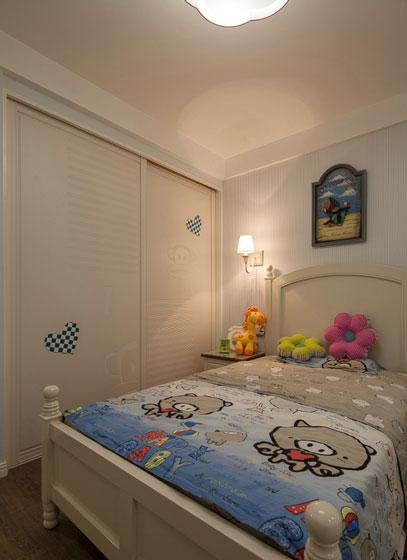 儿童房移门衣柜效果图