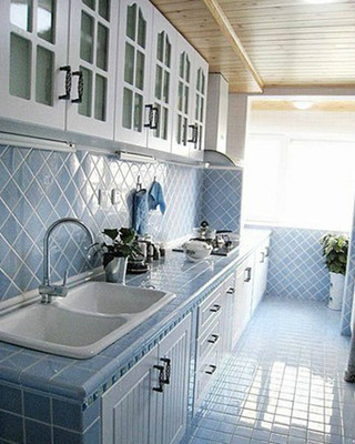 地中海浅蓝色厨房效果图