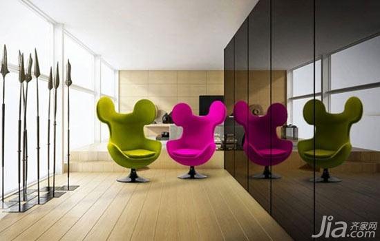 设计师将米奇造型与蛋形椅子相结合。于是一款米奇蛋形椅诞生了。这种趣味性的尝试将会轻轻松松就为任何一个空间带来明朗的快感。设计师说:自1958年Arne Jacobsen(阿纳雅各布森)为哥本哈根的雷迪森酒店创作了蛋形椅以来,它就变成了一种标志性的椅子。米奇蛋形椅的创作将会为坐在这个椅子上的人带来无与伦比的舒适感与灵感。 马蹄莲椅