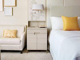 舒適自然風 16款實木床頭柜設計
