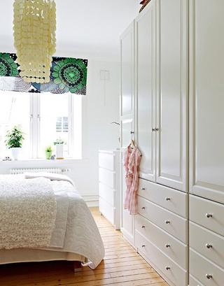 清新明亮简约白色卧室效果图