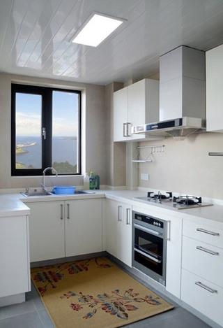洁净白色厨房效果图