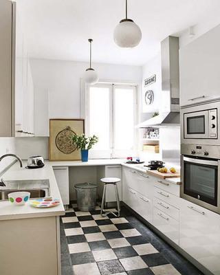 北欧明亮白色厨房效果图