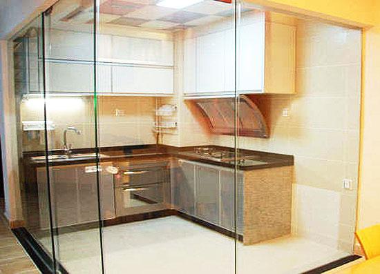 厨房玻璃隔断效果图图片