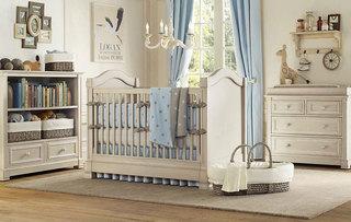 灰色婴儿床图片