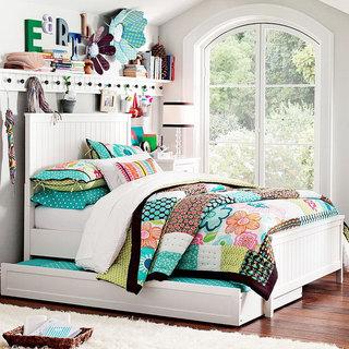 白色实木床效果图