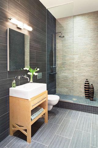 灰色卫生间瓷砖效果图