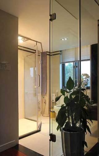 通透玻璃主卧卫生间设计效果图