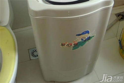 洗衣机甩干_洗衣机甩干声音大 洗衣机甩干桶不转解决办法