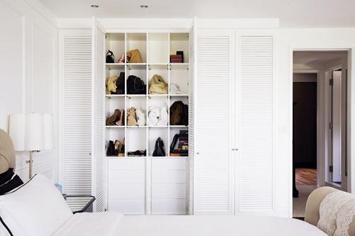 简约白色整体衣柜效果图