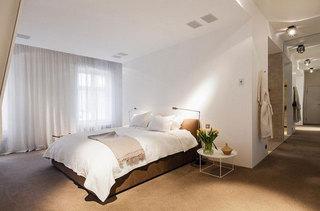 简约白色卧室设计效果图