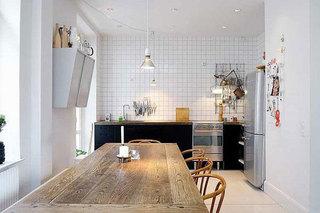 质朴实木餐桌设计图片