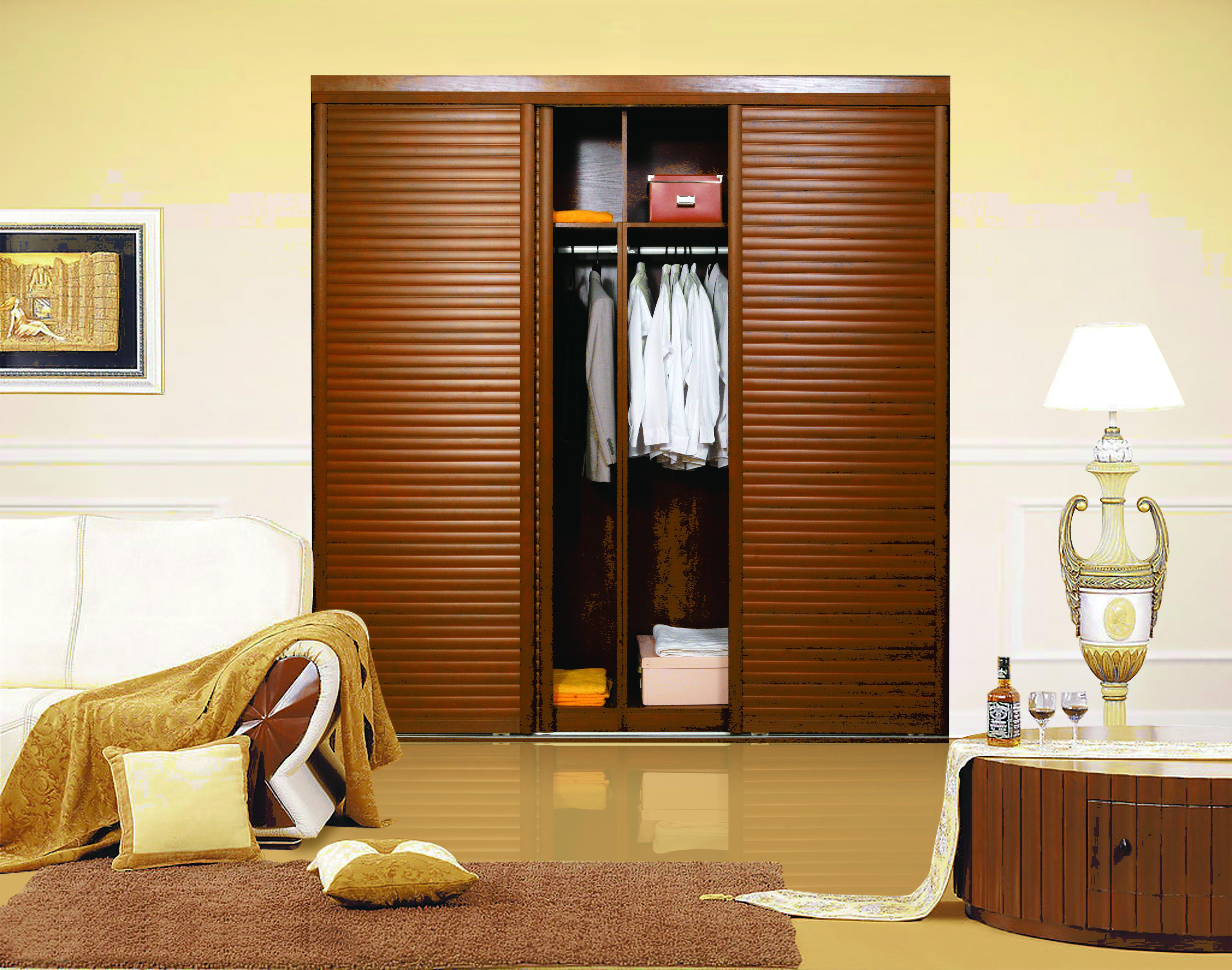 定制衣柜不知道该用什么板材,来看看应该怎样选择吧。