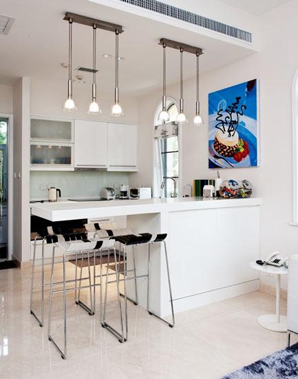 白色简约开放式厨房