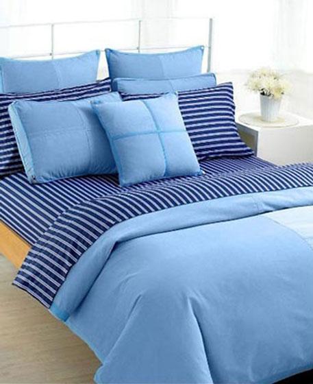 蓝色卧室床上用品效果图