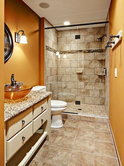 暖色调卫生间设计方案
