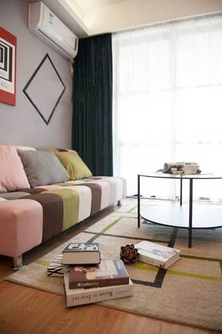混搭温馨客厅设计图片