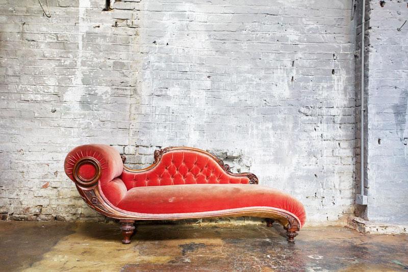 典雅红色沙发