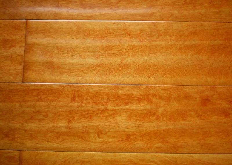 多層實木地板的保養