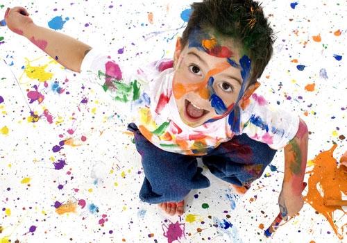 衣服上的油漆用什么可以洗掉   1、油漆稀释剂去污:油漆稀