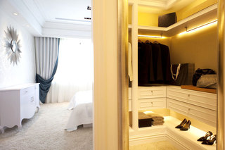 时尚卧室衣帽间设计