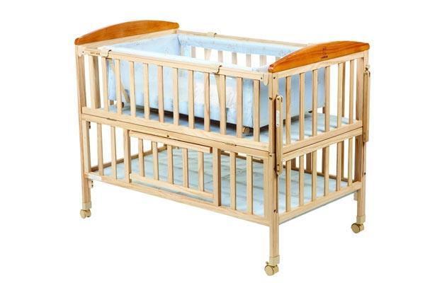 多功能婴儿床特点 婴儿床选购小窍门_装修房子的步骤